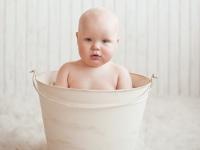 Shantala e banho de balde