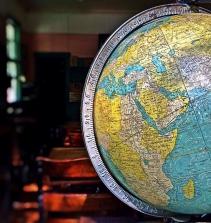 Curso de A geografia dos serviços e suas transposição didática com certificado