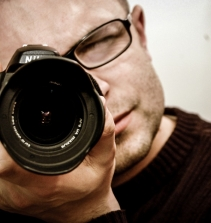 Curso de Atos de fingir ou o caráter ficcional no fotojornalismo brasileiro com certificado