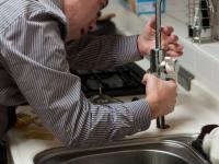 Cómo instalar, mantener y reparar las tuberías- Plomeria