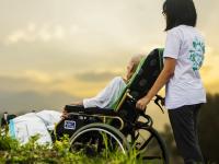 Calidad de la atención en salud al adulto mayor