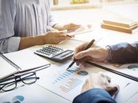 Fundamentos de administração e gerenciamento geral para uma empresa