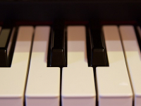 Aprende a tocar blues en el piano y teclado