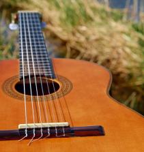 Intensivo de instrumentos musicais de corda