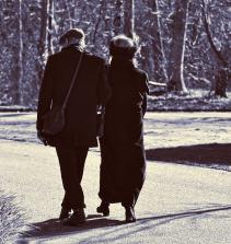 Curso de Cuidados com idosos com certificado