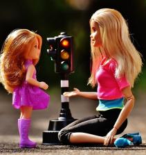Como fazer quarto completo para bebe da Barbie