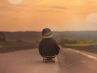 Como ensinar seu filho a andar de skate
