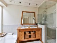 Organizar banheiro e cozinha