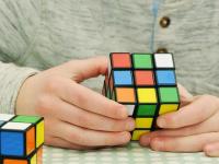 Dicas para resolver o cubo mágico mais rápido