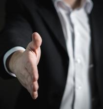 Compras estratégicas ( Strategic Sourcinfg) e aliança com fornecedores