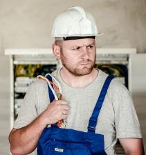NR-10  Segurança em Instalações  e Serviços em Eletricidade