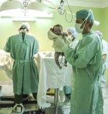 Gestão de Enfermagem em Terapia Intensiva em Pediatria e Neonatologia