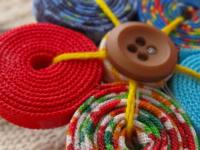 Curso de Artesanato: Customização de Sapatilhas e Roupas