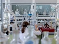Introdução às Análises Clínicas e Microbiologia