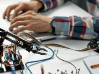 Como criar um Braço Robotico Arduino